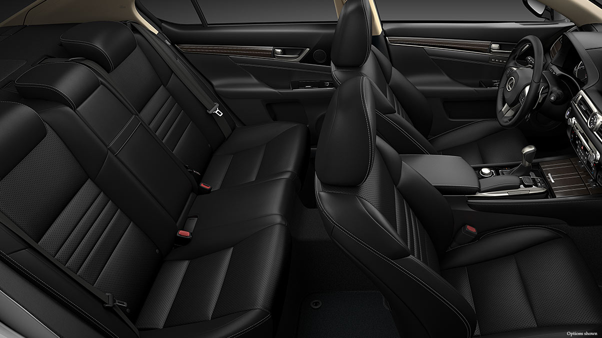 The Spacious Interior of the GS 350 is Comfortable for Everyone!