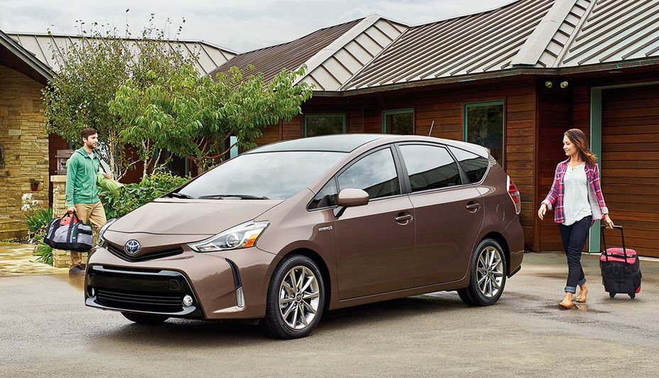 2017 Toyota Prius v for Sale near Lee's Summit, MO